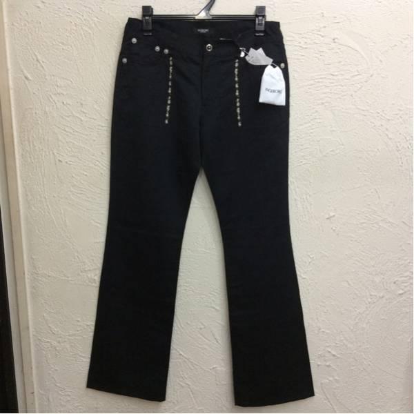 インゲボルグ パンツ 綿70%麻30%素材 黒色 刺繍飾りあり サイズ11号