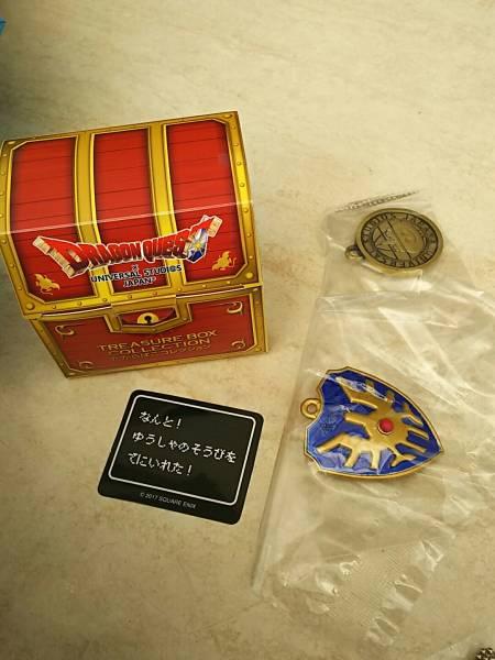 複数あり 盾 たて USJ ドラゴンクエスト たからばこ コレクション コレクタブルフィギア ロト 宝箱 グッズの画像