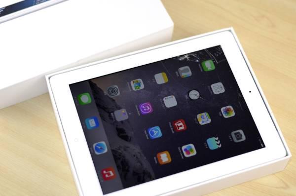 1円~ジャンク品 SoftBank iPad4 16GB MD525J/A 利用制限○2 Wi-Fi-Cellular