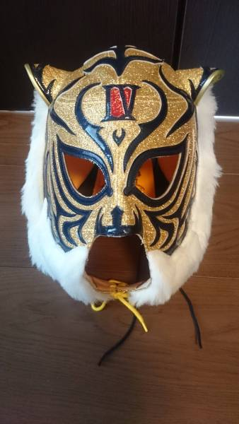 スーパージュニア本人使用マスクです。 ライブグッズの画像