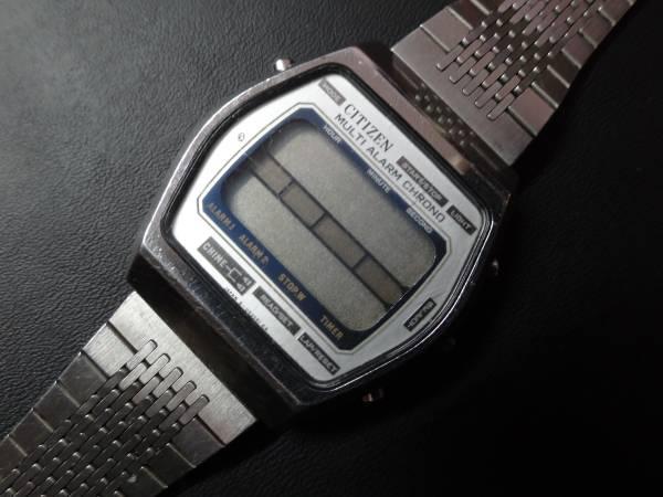□■CITIZEN MULTI ALARM CHRONO □■シチズン デジタル マルチ アラーム クロノ メンズ 腕時計 4-098242 TA 41-1051 ジャンク_画像1