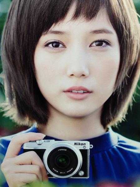 本田翼 ニコン ポップ ボード パネル 88㎝ × 30㎝ グッズの画像