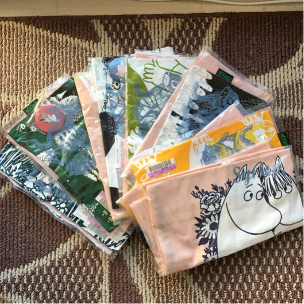 フェリシモムーミンバッグ缶バッジ付き7種「新品未開封」 グッズの画像