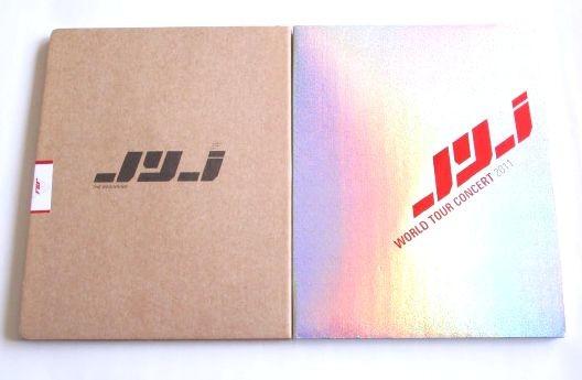 ツアーパンフ★2冊★JYJ★THE BEGINNING/WORLD TOUR CONCERT 2011★ストラップ付