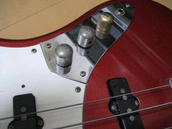 Fernandes revival フレットレス jazz bass 中古