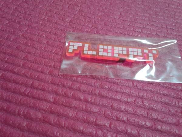 FLOPPY [プラバッヂ]ロゴプラ・ピンクx白/ メトロノーム 新宿ゲバルト シンセサイザーズ ビートサーファーズ