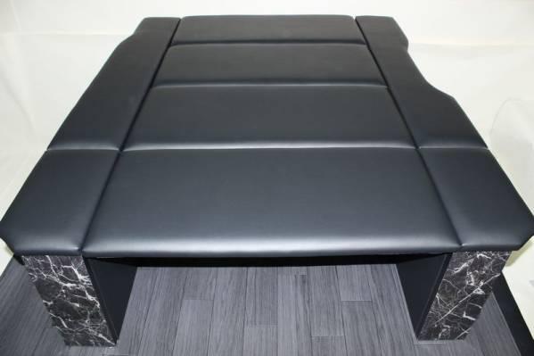 ハイエース200系標準ボディS-GLベッドキット 総PVCレザー貼り ボックスタイプ VANCARZ製(黒×黒)