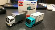 トイザらス限定 配送トラック2台セット いすゞエルフ、三菱ふそうキャンター
