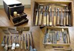 時代 道具箱 蚤 28本 鉋 2本 定規 その他 多数 大工道具 古道具 古物 在銘 丸蚤 特殊鉋 かんな 指物 建具 彫刻 細工 職人 検 天然砥石 刃物