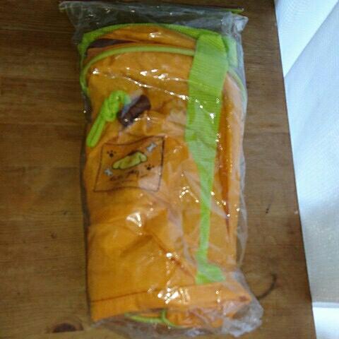 非売品 新品 ポムポムプリン ペットボトルホルダー付きバッグ グッズの画像