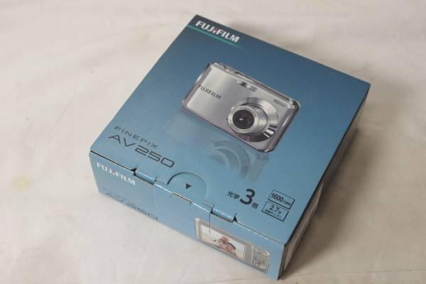 ☆FUJIFILM コンパクトデジタルカメラ FINEPIX AV250 1600万画素☆C-16