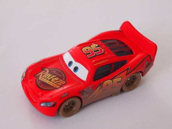 マテル Mattel ディズニー カーズ Cars ダートトラック ライトニング マックィーン Dirt Track Lightning McQueen ディズニーグッズの画像