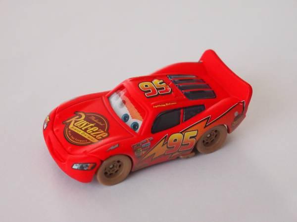 マテル Mattel ディズニー カーズ Cars LOOK ! ダートトラック ライトニング マックィーン Dirt Track Lightning McQueen フロントガラス ディズニーグッズの画像