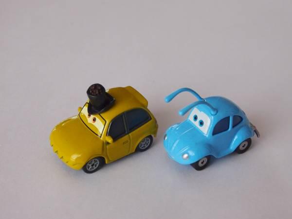 マテル Mattel ディズニー カーズ Cars CARS MOVIE MOMENTS P.T.フリー&フリック P.T.FLEA & FLIK ディズニーグッズの画像