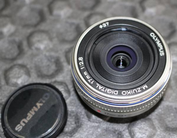 美品 OLYMPUS オリンパス M.ZUIKO DIGITAL 17mm F2.8 パンケーキレンズ