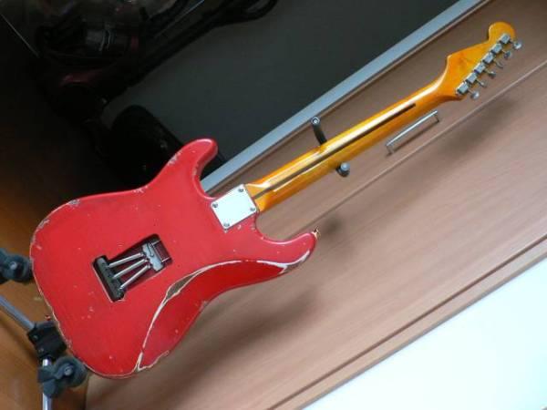 ノーブランドRelicストラト(JV期ブリッジ&ディマジオHS-3搭載)RED