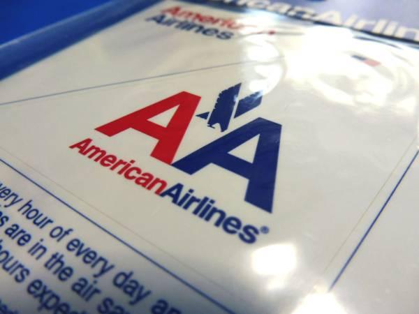 アメリカン航空尾翼型イーグルステッカー白(American Airlines/USA/ワンワールドoneworld/エアライングッズ/シール/スーツケース)_画像3