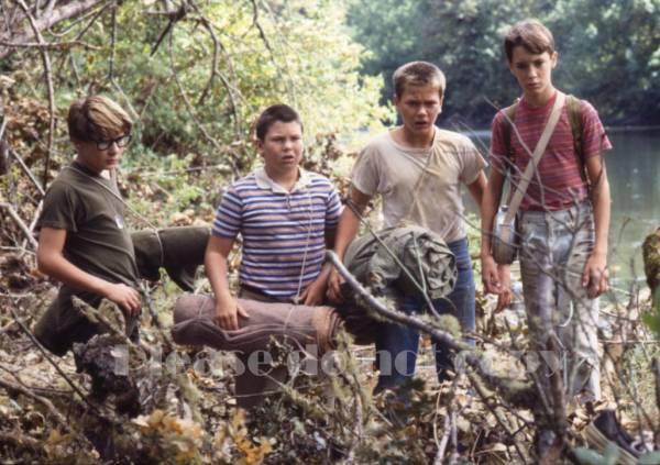 1986年 映画 スタンド・バイ・ミー 原作スティーヴン・キング コリー・フェルドマン リヴァー・フェニックス フォト3枚 付き_画像2