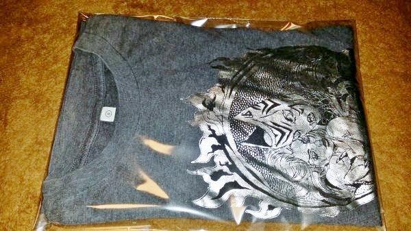 ジョジョの奇妙な冒険 ユニクロコラボ Tシャツ Sサイズ グレー