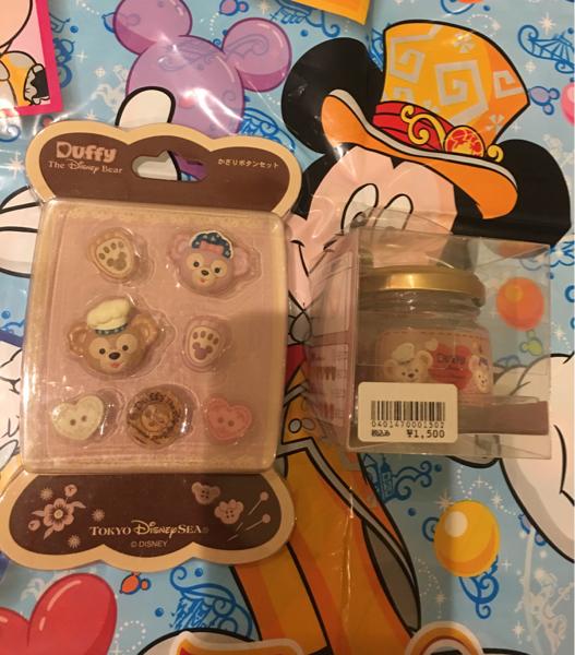 2014 スウィート ダッフィー&メイ かざりボタン&シャツボタン2点セット ディズニーグッズの画像