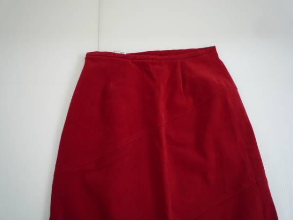 【良品!】 ★ 台形スカート ★ 赤 無地 W64 レディース 膝丈_画像3