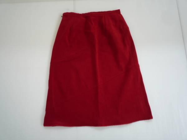 【良品!】 ★ 台形スカート ★ 赤 無地 W64 レディース 膝丈_画像1