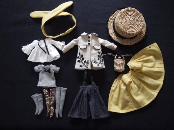 ◆tomorrow◆Blythe outfit ブライス 刺繍コート9点セット◆_画像3