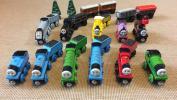 木製レール/トーマス シリーズ/機関車11種類、短いカーブレール‥その他セット
