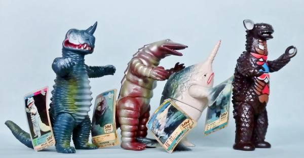 1983年 プラタグ付 ウルトラマン 怪獣 アボラス テレスドン グビラ ギャンゴ 4点セット 日本製 硬質ソフビ 昭和レトロ 当時物