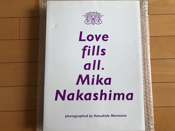 中島美嘉 Love Fills All. 豪華付録未使用 欠品なし Mika Nakashima 限定 スペシャル box 写真集 ライブグッズの画像
