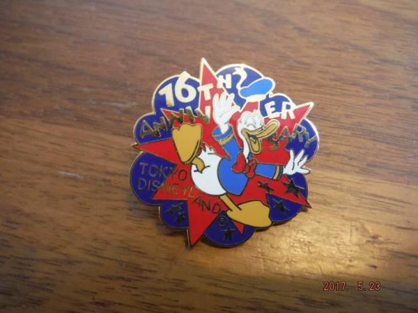 東京ディズニーランド 16周年アニバーサリー当日限定 ピンバッジ ディズニーグッズの画像