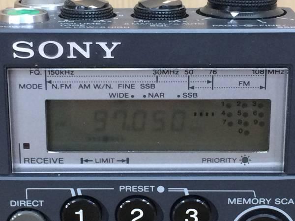 01-I174P【SONY/ソニー】高性能 ラジオ ICF-PRO70 FM/LW/MW/SW RECEIVER ジャンク_画像2