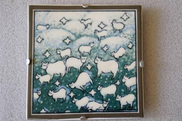 アラビア ヘルヤ ARABIA Helja PILVILAMPAAT 羊の群れ陶板 1996年