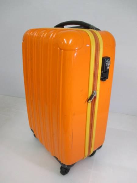 【鮮やかカラー!】 ★legend walker★ スーツケース 鍵付き OR_画像1