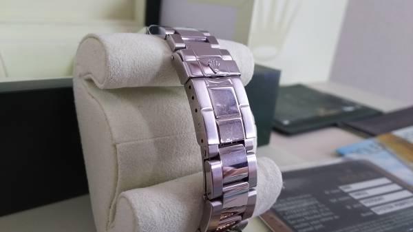 ロレックス ヨットマスターロレジウム メンズ 中古品_ベルト部に薄い磨きキズあり