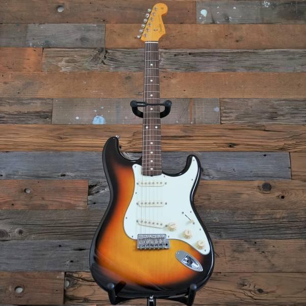 【美品】Fender japan フェンダー ストラトキャスター ST62-TX テキサス USA ピックアップ