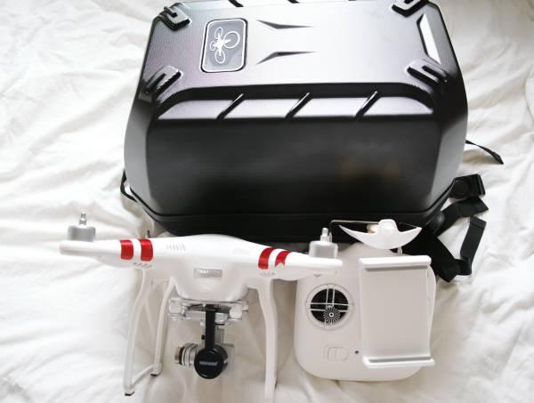 充電22回 技適あり DJI PHANTOM 3 standard 北米版 ハードケース、プロペラ等おまけ付 カタログ値飛行距離1km 12M 2.7Kp30