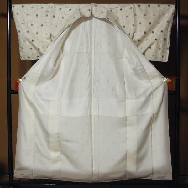 正絹 新品・未使用 伝統的工芸品 ぜんまい紬 根津儀一 仕付け糸付き ガード加工 美品 -袷-_画像2