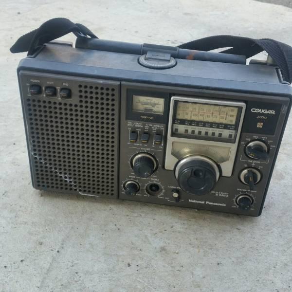 ナショナルパナソニックラジオRF-2200ジャンク