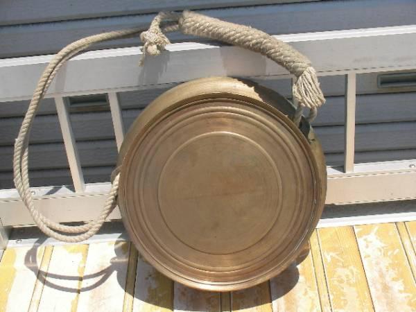 黄銅 真鍮 銅鑼 鐘 鉦鐘 鐘鉦 鉦 当たり鉦 摺鉦 鉦吾 鳴り物 ヴィンテージ 工芸 民芸 民具 道具 伝統 和楽器 打楽器 芸能 祭り 寺院 法具