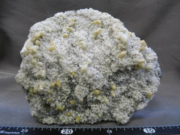 栃木県 足尾鉱山産 鉱石 燐灰石 方解石 水晶