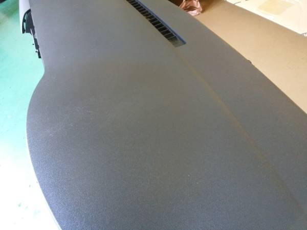200系 ハイエース 4型 ダッシュボード インパネ 純正_画像3