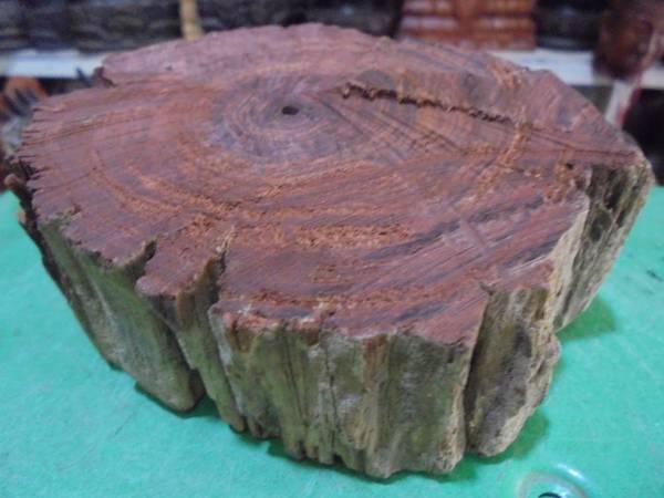 新 天然カンボジアン 菩薩沈香 354,9g 『おののこまち』 沈水香木 天然保証