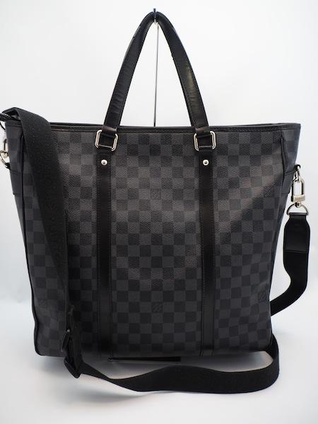 ダミエ グラフィットの2wayバッグです。