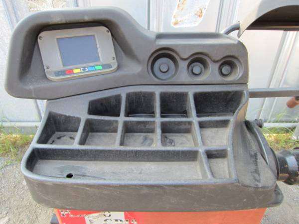「東洋精器 GP4.128 200V ホイールバランサー (タイヤチェンジャー)」の画像
