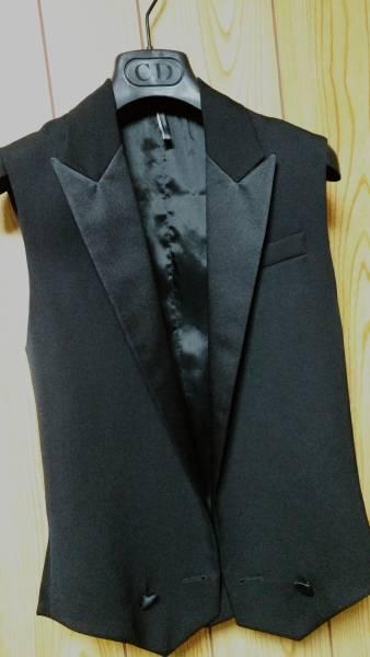 国内正規新古 Dior Hommeディオールオム スモーキングラペルジレ黒 ピークド光沢ラペルブラックベスト 最小38 XXS ジャケット以上の存在感!_ディオールオム スモーキングラペルジレ黒