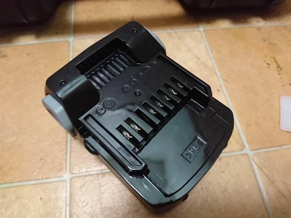 ★超美品★日立★FWH14DGL★14.4vバッテリー2個・充電器・ケースのセット!★_画像3
