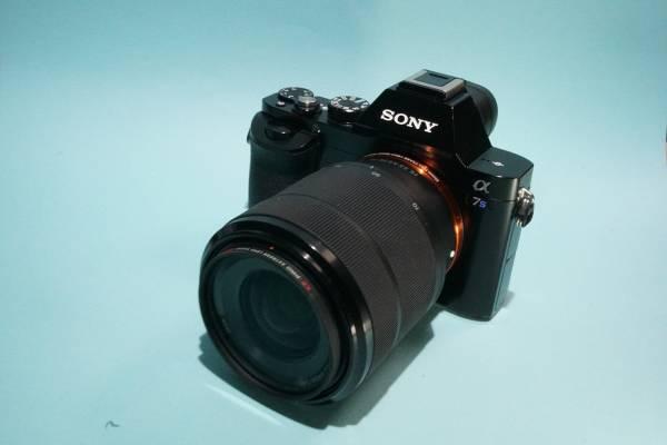 SONY α7S ILCE-7S ボディ + FE 28-70mm F3.5-5.6 OSS SEL2870