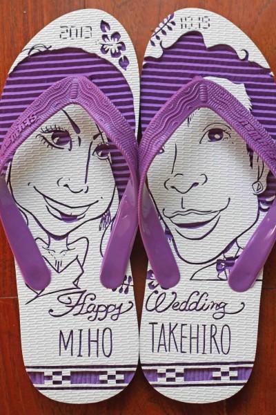 沖縄で定番の結婚式ウェルカムボード用紅型似顔絵島ぞうりアート_画像1