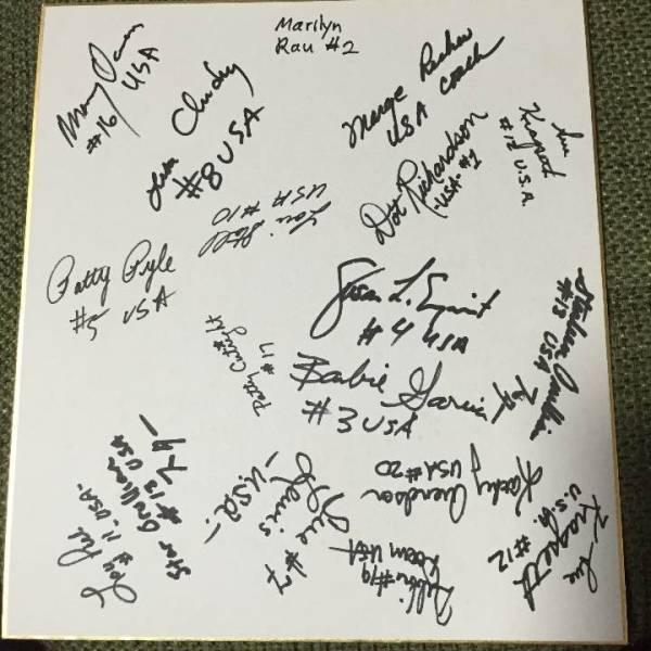 アメリカ ソフトボール チーム サイン色紙